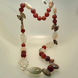 Collana di corniole, berillo, diaspro e argento
